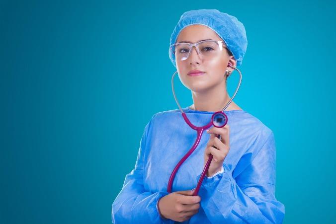nurse-2141808_1920.jpg